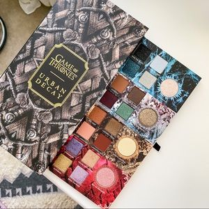 🔥URBAN DECAY🔥 Game of Thrones Eyeshadow Palette
